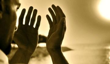 adab-berdoa