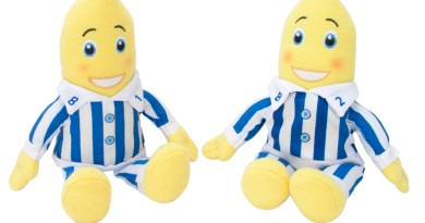 Bananas in Pyjamas Mini soft toys - both seated 070112