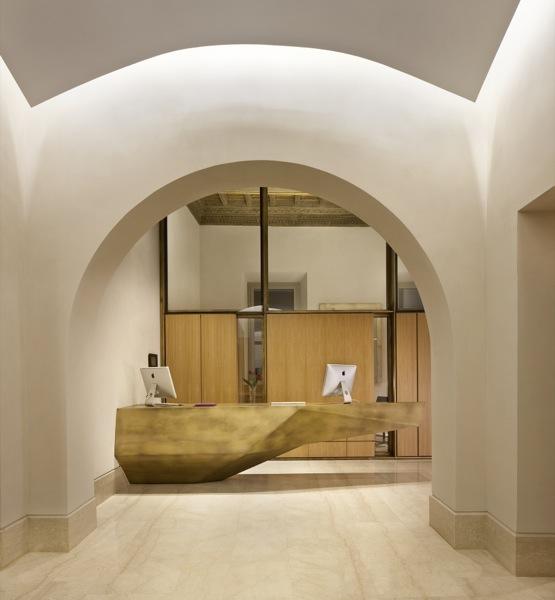 L'utilizzo del marmo in un elegante ristrutturazione a cura di Margraf