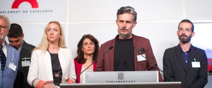 Plataforma Basta solidária com Parlamento e sociedade catalã