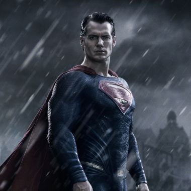 Henry Cavill talks 'Batman v Superman' and the 'Justice League' script (video)