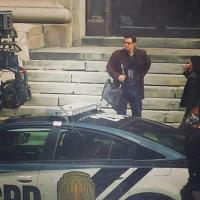 Henry Cavill investigates Gotham as Clark Kent in new 'Batman v Superman: Dawn of Justice' set photo