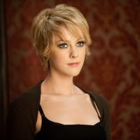 'The Hunger Games' star Jena Malone spotted on 'Batman v Superman: Dawn of Justice' set (photos)
