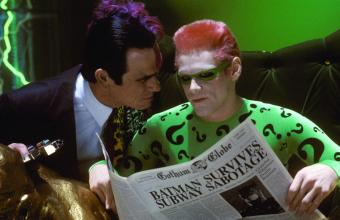 still-of-jim-carrey-and-tommy-lee-jones-in-batman-forever-(1995)