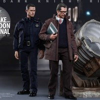 Hot Toys reveals 'The Dark Knight Rises' Commissioner Gordon and John Blake (with Bat-signal) figures