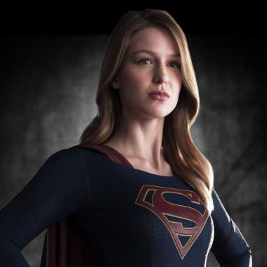supergirl-first-look-image-full-bodyF