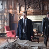 "Gotham S01E20: ""Under the Knife"" – synopsis, photos, videos, and discussion"