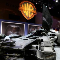 Get up close and personal with the 'Batman v Superman' Batmobile in new video