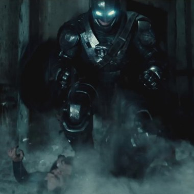 New 'Batman v Superman' footage in German TV spot