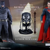 'Batman v Superman' Hot Toys figures available for pre-order now