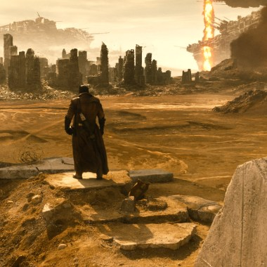 New 'Batman v Superman' images tease that Darkseid is coming