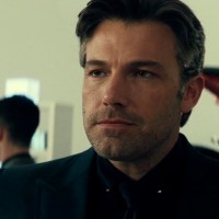 Bruce Wayne talks down to Clark Kent in new 'Batman v Superman' TV spot