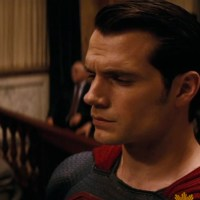 New footage of Superman's trial from 'Batman v Superman' featured in Holly Hunter interview