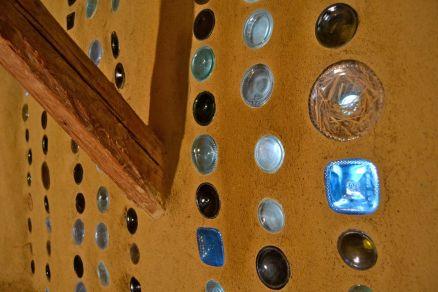 Workshop Strohbau Strohballenbau Flaschenwand bottle wall