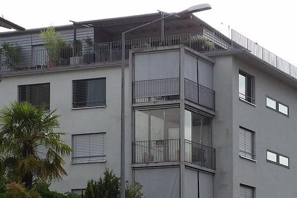 balkonverglasungen bauen und wohnen in der schweiz. Black Bedroom Furniture Sets. Home Design Ideas