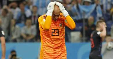 Argentina's keeper should probably hide for a while