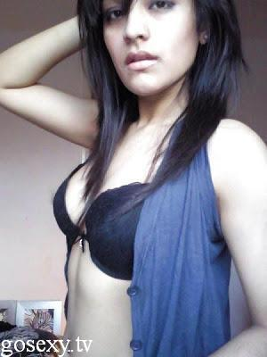 bangladeshi hot and sexy girls nude bathroom photos