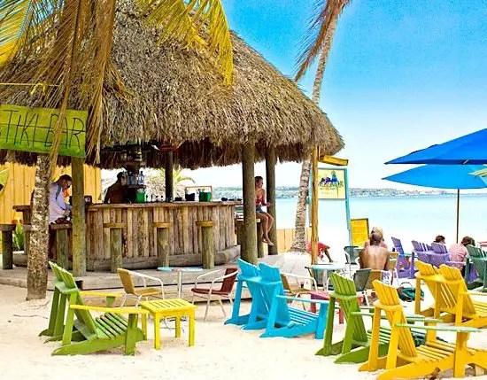 Jimmy buffett 39 s margaritaville beach destinations beach for Margaritaville hotel decor