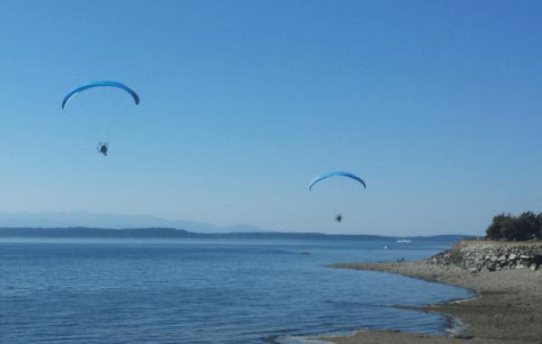 2015-07-03_1529_flying_people
