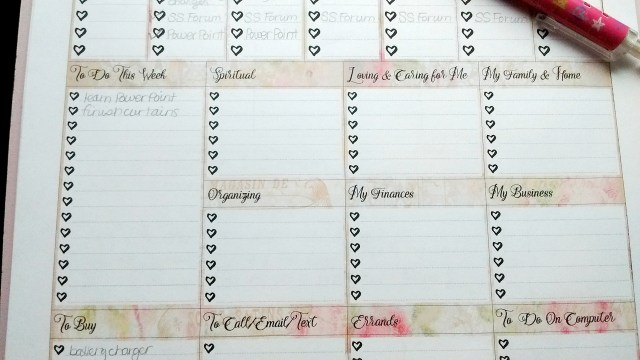 Free Pretty Printable - Shabby Chic Weekly Planner Page