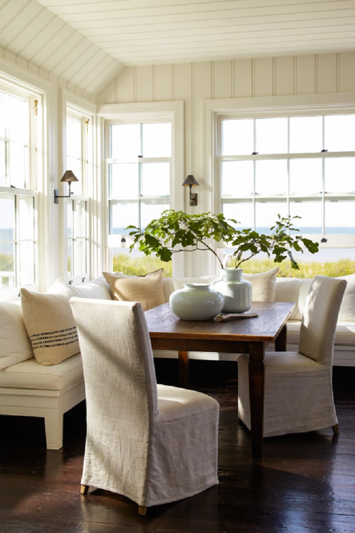 Hamptons Beach House: A Wainscott Beauty