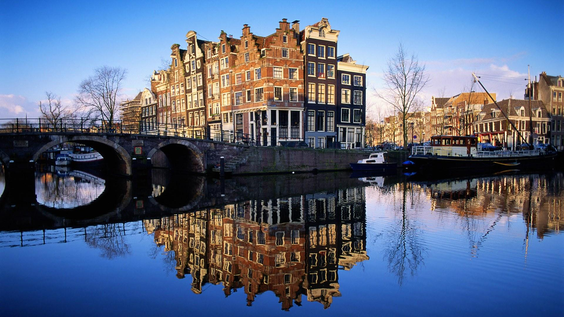 Two Days in Amsterdam: The Perfect Amsterdam Itinerary