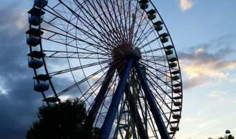 Heading to BloggyCon and Cedar Point – Featured Friday Link Up #5