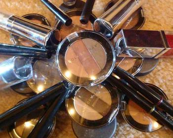 cosmetics-history