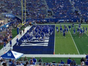 UK Football Players On Field-Pre Game