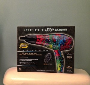 Conair Infiniti Pro 325GR-product in packaging