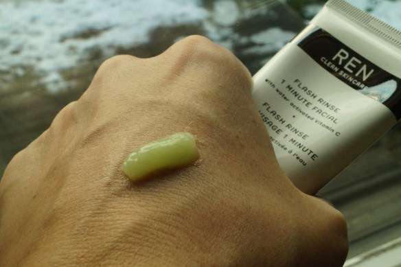 RENs prisvinnande specialprodukt Flash Rinse 1 minute Facial