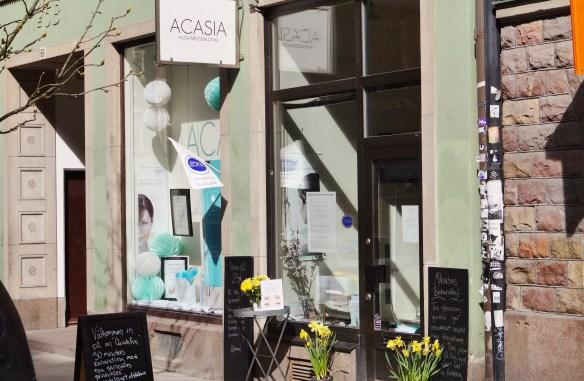 Soligt och varmt i måndags inne på söder och roligt att äntligen få gå in hos ACASIA igen.