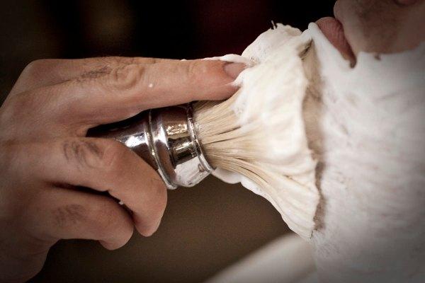 rasatura-perfetta-antica-barbieria-colla-10
