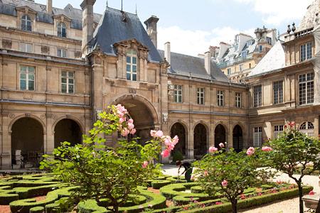 hotelcaron-bienvenue-photocalmeetprestigeaucoeurdumarais-fr2