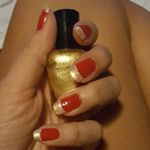 Cyclones manicure 1