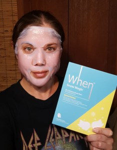 When Snow Magic Brightening Mask 1