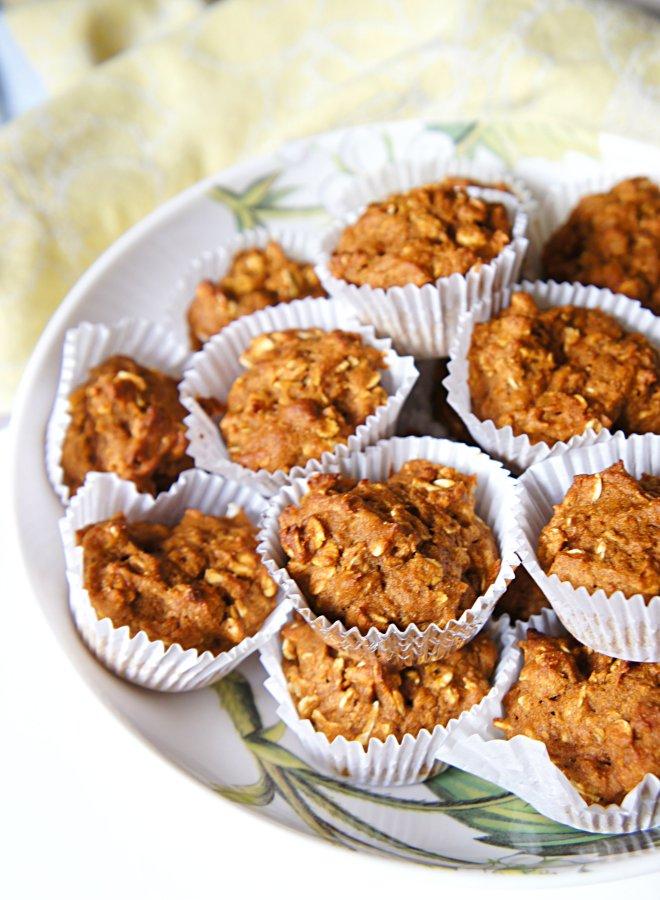 Mini Oatmeal Pumpkin Muffins