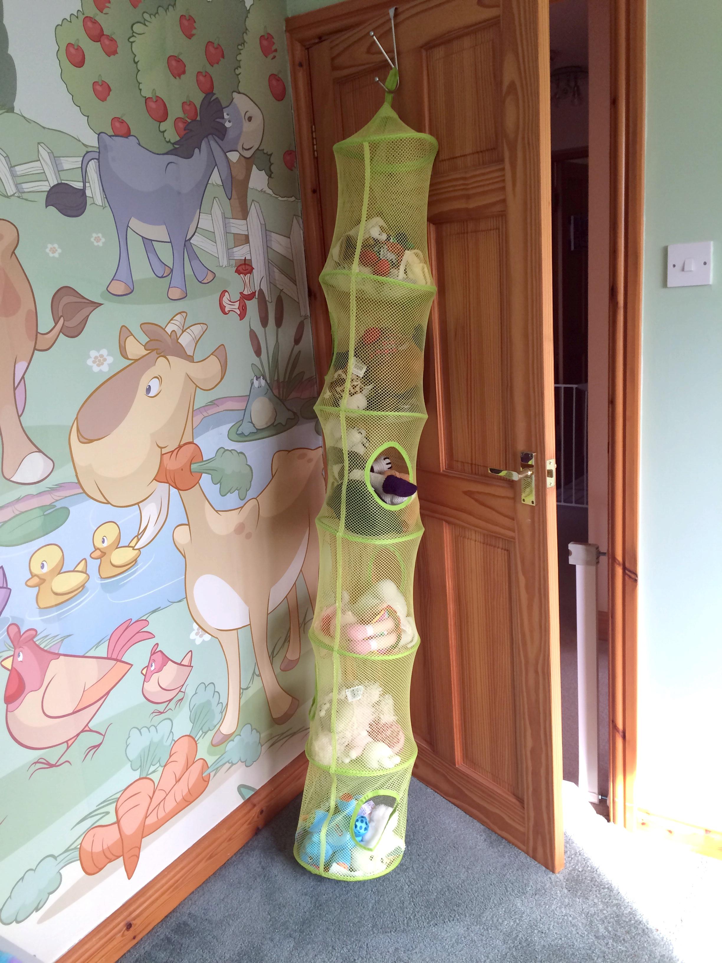 Farm Murual & Toy Storage