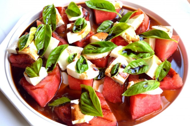 grilled-watermelon-caprese-salad