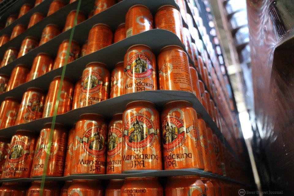 Highland Mandarina IPA cans