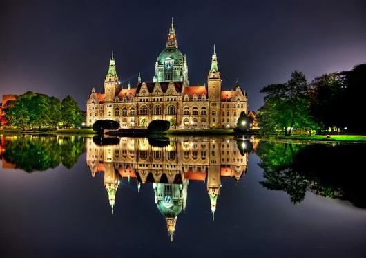 Hannover Rathaus oleh Spreng Ben