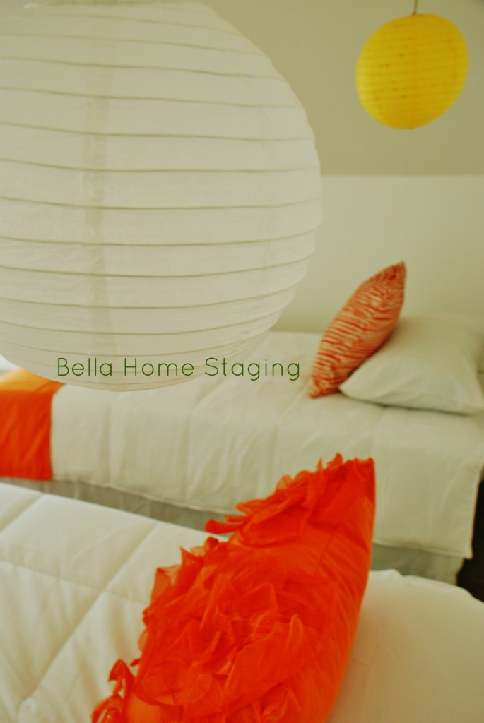 bella-home-staging-lanterns-orange-and-yellow