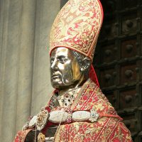 Miracle: St. Gennaro's Relics Re-Vivify for Pope Francis [VIDEOS]