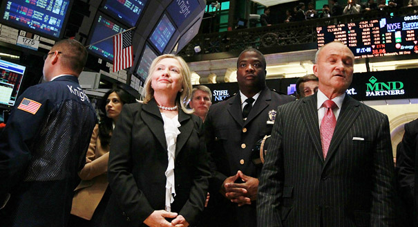 "Cornerstones of Hillary Clinton's ""Grassroots"" Campaign: Corporate Funding and Unpaid Labor"