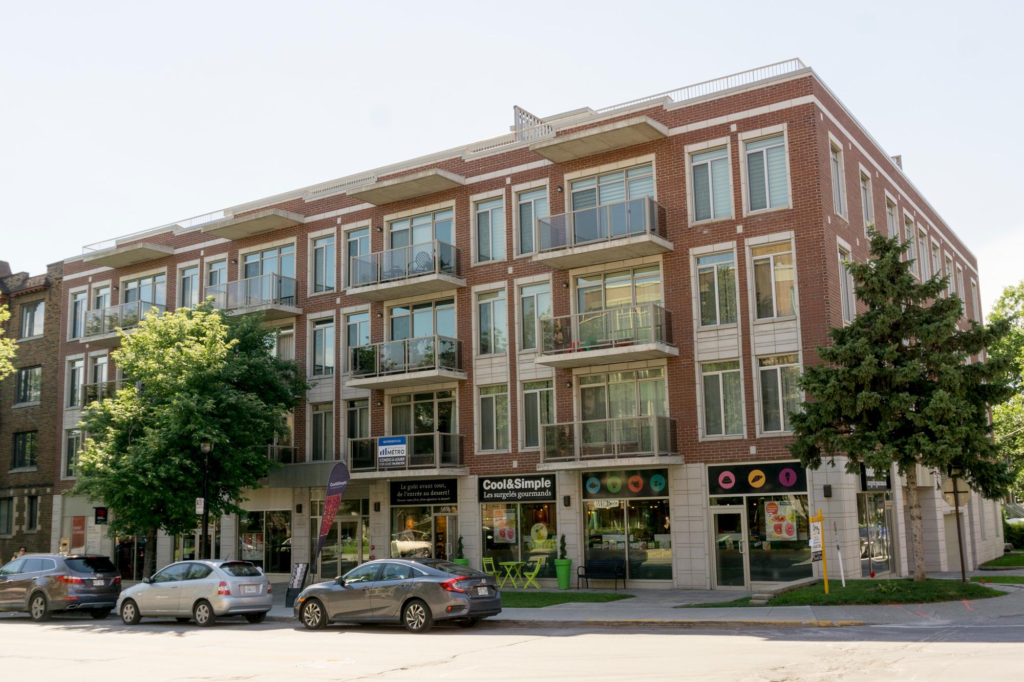 Monkland Condominium, Montreal