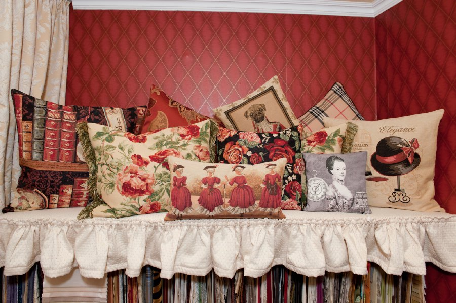 fr hlich wohnen raumausstatter in berlin mitte. Black Bedroom Furniture Sets. Home Design Ideas