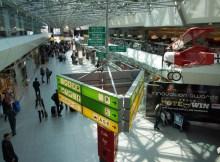 Eingangsbereich des Flughafens Berlin-Tegel (© O. Pritzkow)