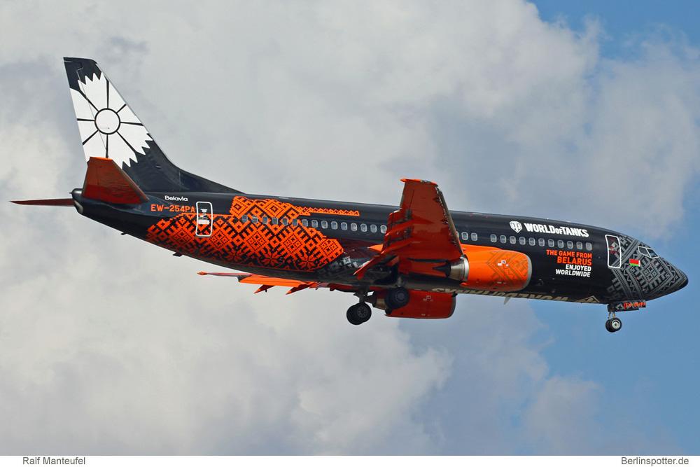 Belavia Boeing 737-300 EW-254PA