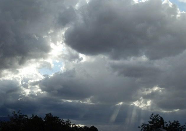 10-4-2011rain-cloudy-4-630x472