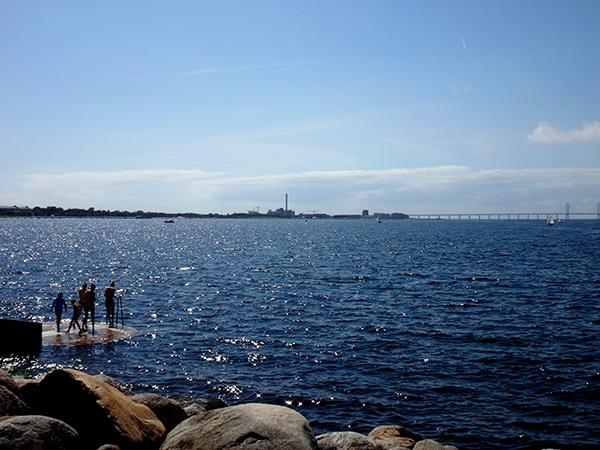 Die Öresundbrücke verbindet Schweden und Dänemark.